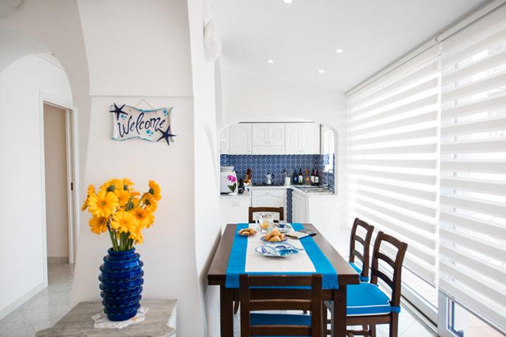 Comoda cucina appartamento in affitto Costiera Amalfitana Stella